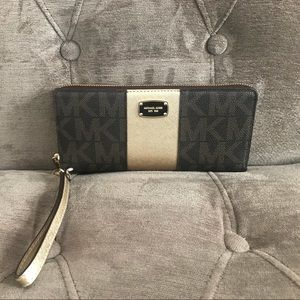 Micheal Kors Brown and Gold Met Center Stripe